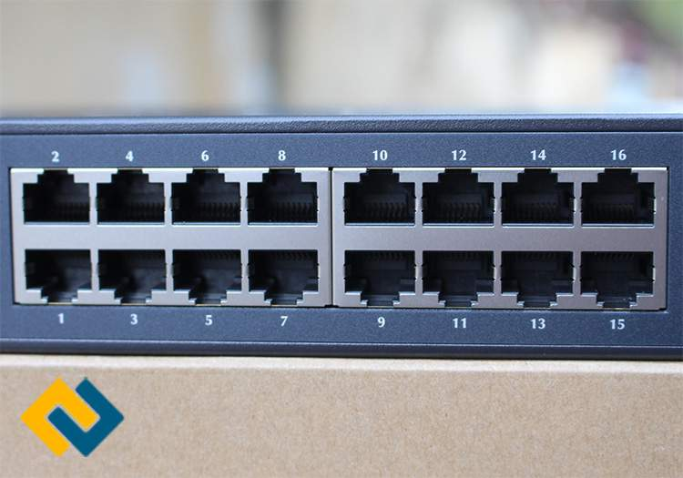 16 Port Switch Planet FNSW-1601