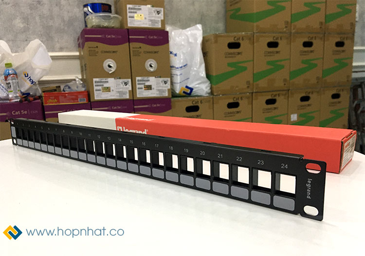 Thanh Patch Panel 24 Port hãng Legrand